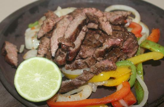 CJ's Tap and Grill: Steak Fajitas