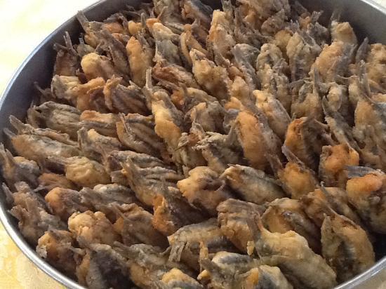 Furci Siculo, إيطاليا: Acciughe a beccafico fritte