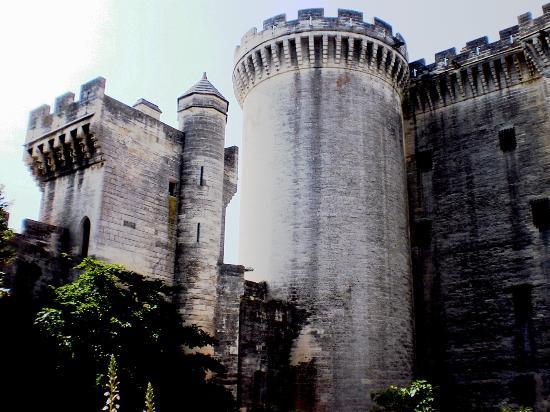 Chateau de Tarascon: possente torrione