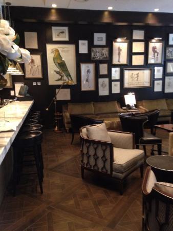 The Singular Santiago Lastarria Hotel: The excellent hotel bar
