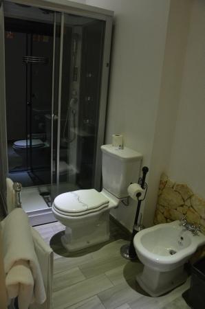 B&B Il Marranzano: bagno privato