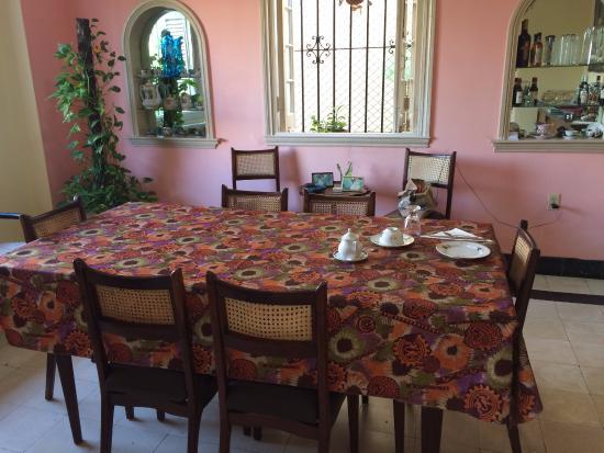 La Casa de Ana: Dining area