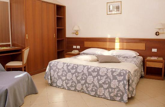 Hotel Bonifacio: matrimoniale superior