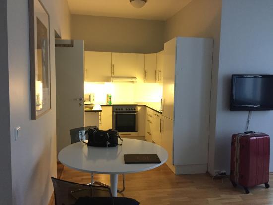 Oslo Apartments: キッチン