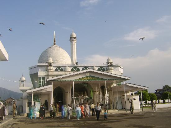 Hazratbal Shrine 2