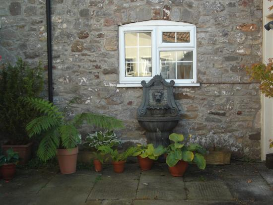 Wick St. Lawrence, UK: Courtyard Cottage