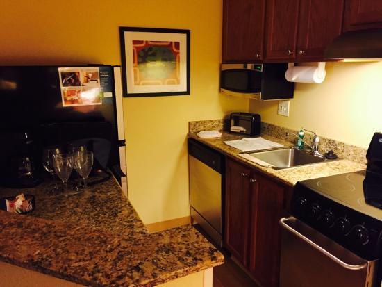 TownePlace Suites Cleveland Westlake : photo0.jpg