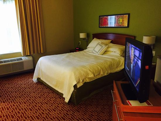 TownePlace Suites Cleveland Westlake : photo2.jpg