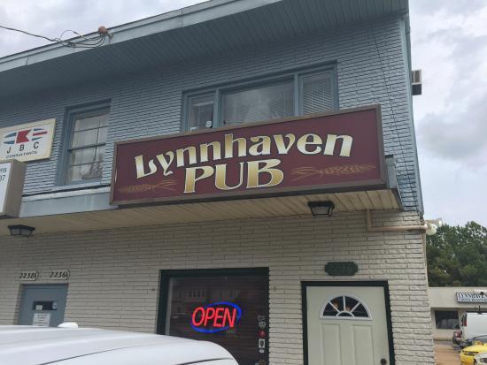 Lynnhaven pub