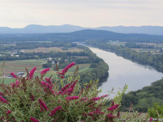 Mount Sugarloaf State Reservation
