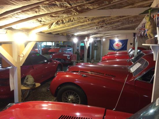 Hyannis Port, MA: Toad Hall Classic Sports Car Museum