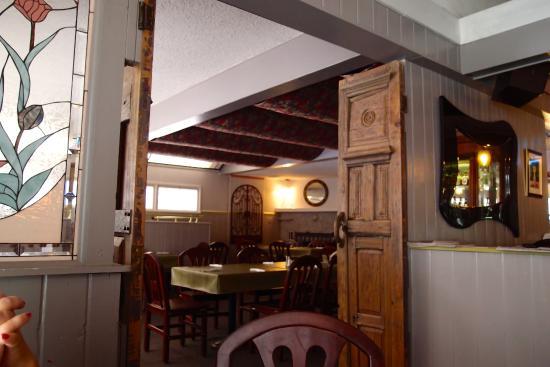 Crystal Club Cafe : Back Dinning Room
