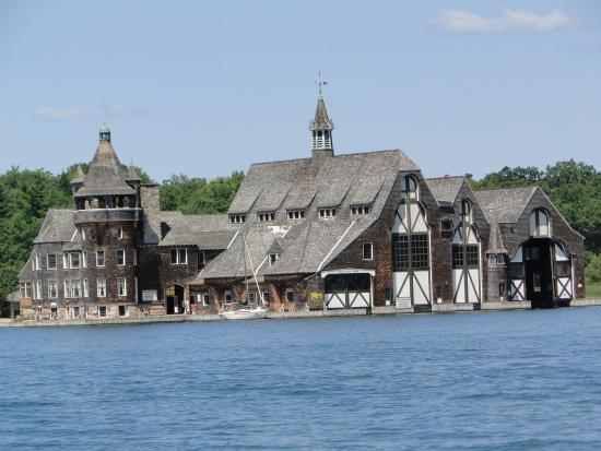 Alexandria Bay Boat Tours To Boldt Castle