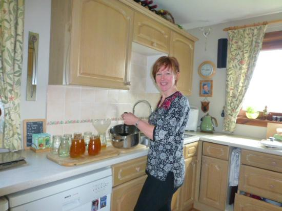 Brockville Bed and Breakfast: Helen at home in her kitchen.