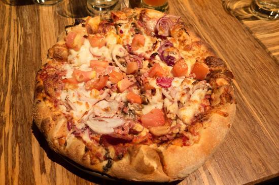 "Blairmore, Canadá: Frank Slide 10"" Pizza"