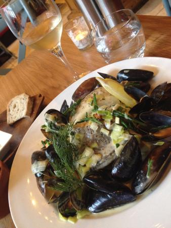 Oscar's Seafood Bistro: wild turbot, pollock and mussels