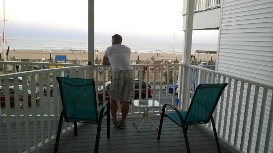 The Pelham Resort Motel: Oceanfront balcony