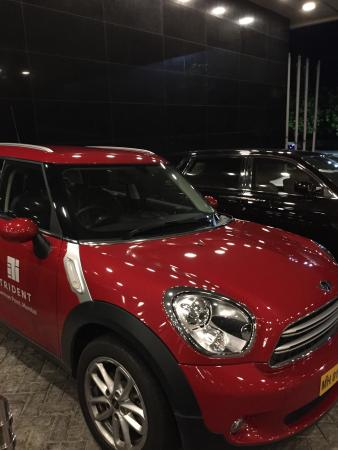 Get Trident Ride     Mini Elegant cooper Make sure you ask the front