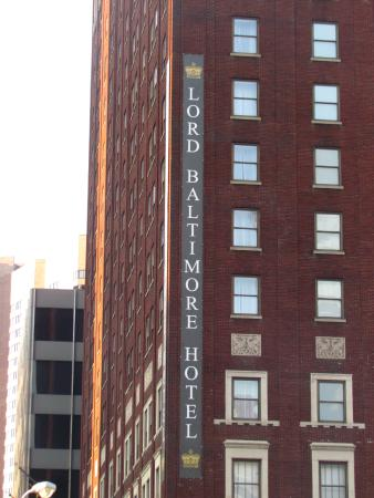 Side view picture of lord baltimore hotel baltimore for Lord of baltimore hotel