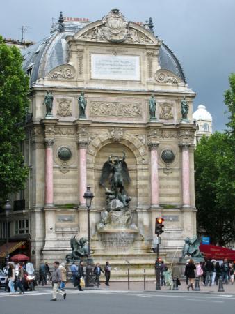 St michel metro station picture of paris ile de france tripadvisor - Saint michel paris metro ...