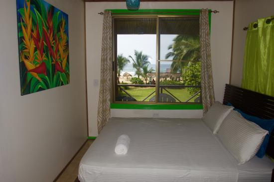 Red Frog Bungalows: Master bedroom and amazing view of Red Frog Beach