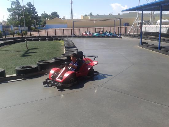 Las Vegas Mini Gran Prix Family Fun Center: gokart