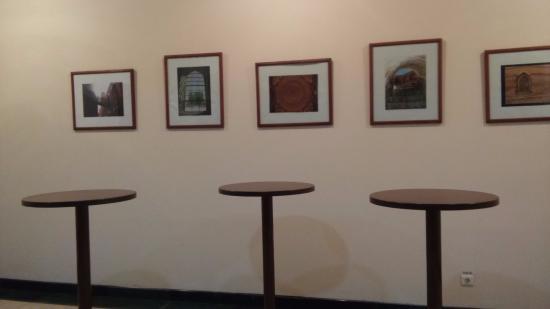 Art Gallery of Uzbekistan: Перед туалетом