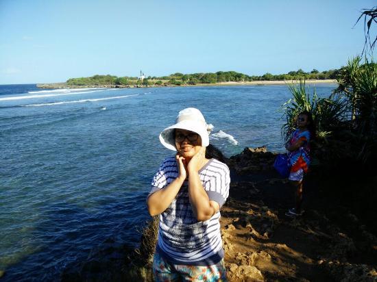 Pemandangan Laut Dari Atas Bukit Picture Of Mengiat Beach Nusa