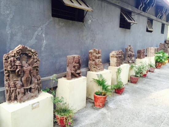 Vidisha, India: Beautiful sculptures
