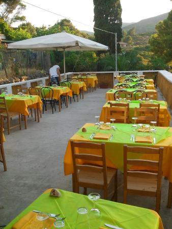 Bar Centrale Ristorante Di Pavel Constantina