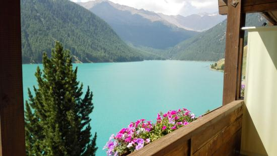 Hotel Vernagt Am See: vista lago