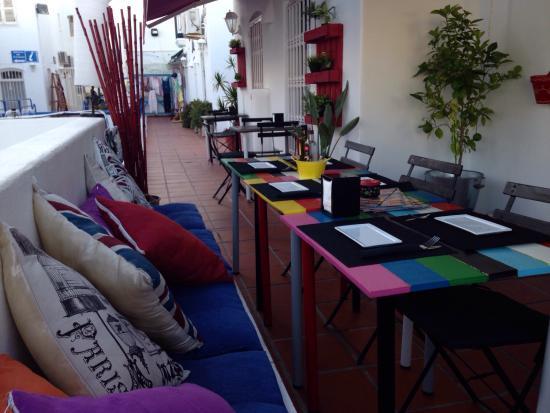Foto de la candela moj car few pictures of the freshly for Oficina turismo mojacar