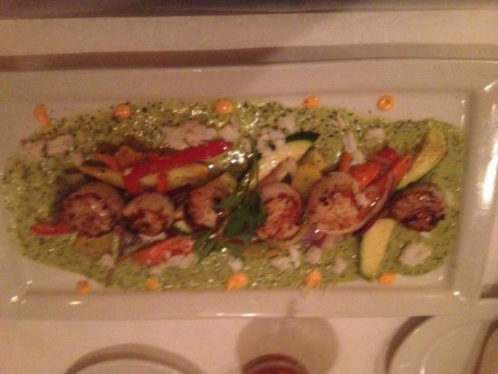Biaggi's Ristorante Italiano : Biaggi's Italian Ristorante - scallops with roasted vegetables