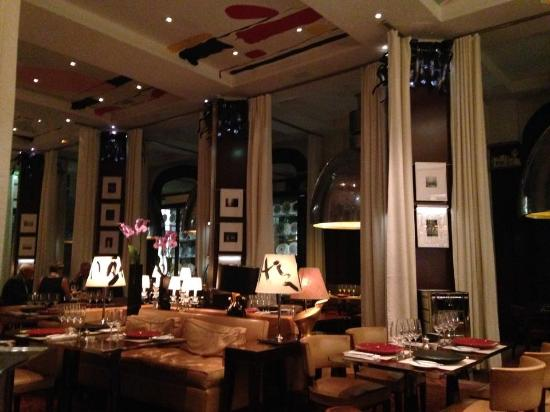 Salle picture of la cuisine le royal monceau paris for Restaurant la salle a manger paris