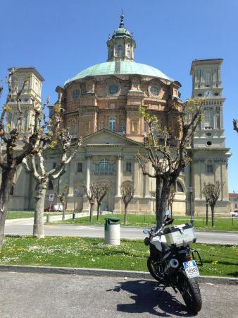 Hills & Wheels Milano Laghi, Varese - Noleggio Moto e Scooter