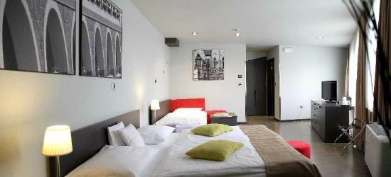 Birokrat Hotel: Современный отель