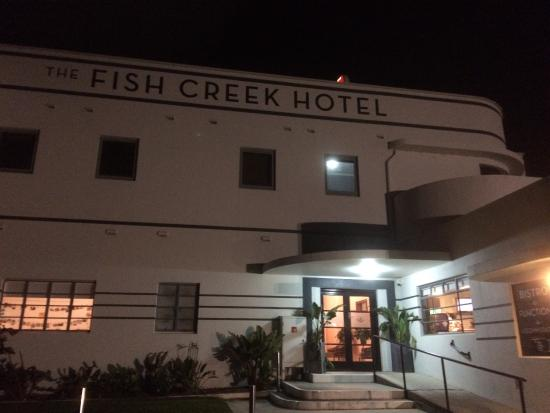 The stunned mullet on the fish creek hotel picture of for Fish creek motel