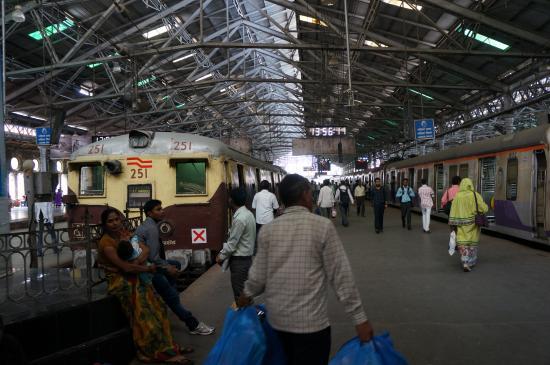 Inside - Picture of Chhatrapati Shivaji Terminus, Mumbai ...  Inside - Pictur...