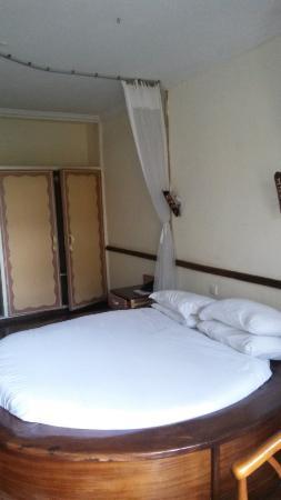 Impala Hotel: Room 2