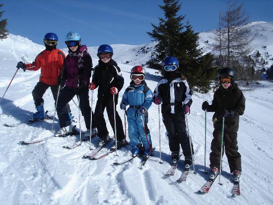 Die Skischule in Innerkrems bietet Skikurse für alle Altersgruppen.