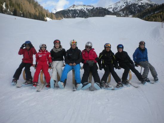 Innerkrems, Austria: Pause beim Skikurs der Schischule Sport Schiffer.
