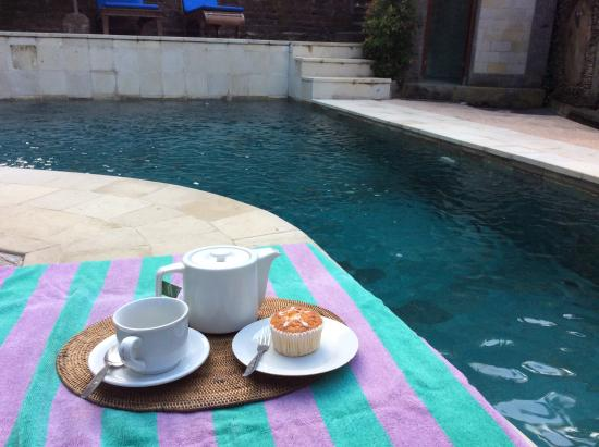 Kebun Indah: Afternoon tea by the pool.