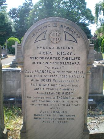 Fab Cabs of Liverpool Tours: Eleanor Rigby's gravestone