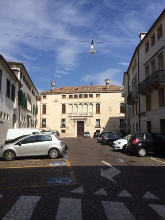 Piazza Filodrammatici