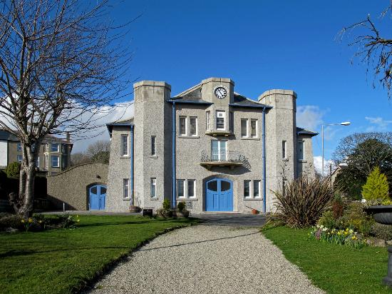Criccieth Memorial Hall
