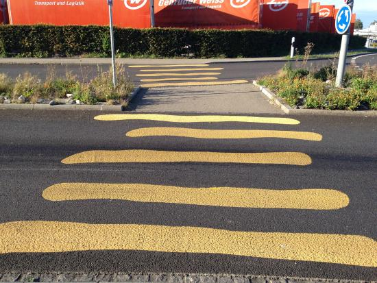 Staad, Suiza: Pedestrian crossing