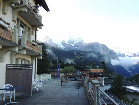 Hotel Victoria-Lauberhorn : View from balcony