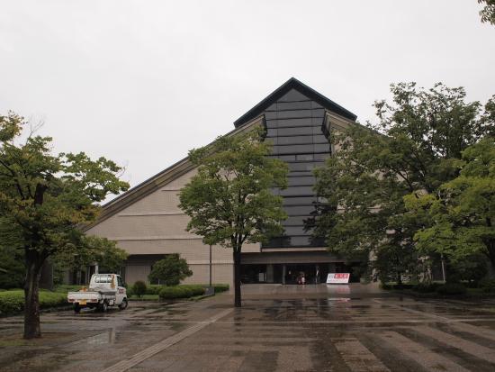 Yamagata Museum of Art: 外観
