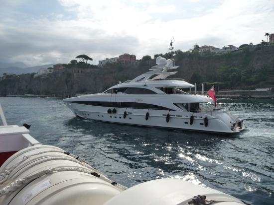 Bay of Naples : Sorrento to Naples Hydrofoil trip 6th Sept 2015