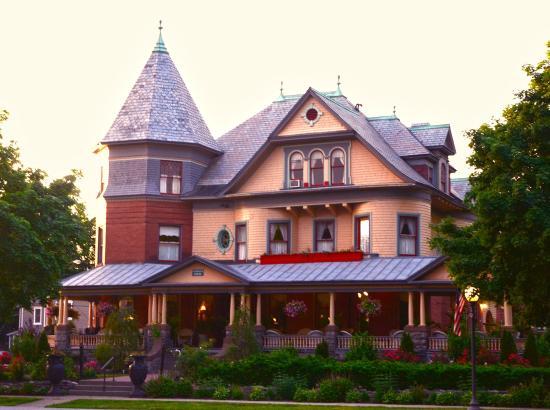 Union Gables Mansion Inn : Union Gables Inn in Saratoga Springs